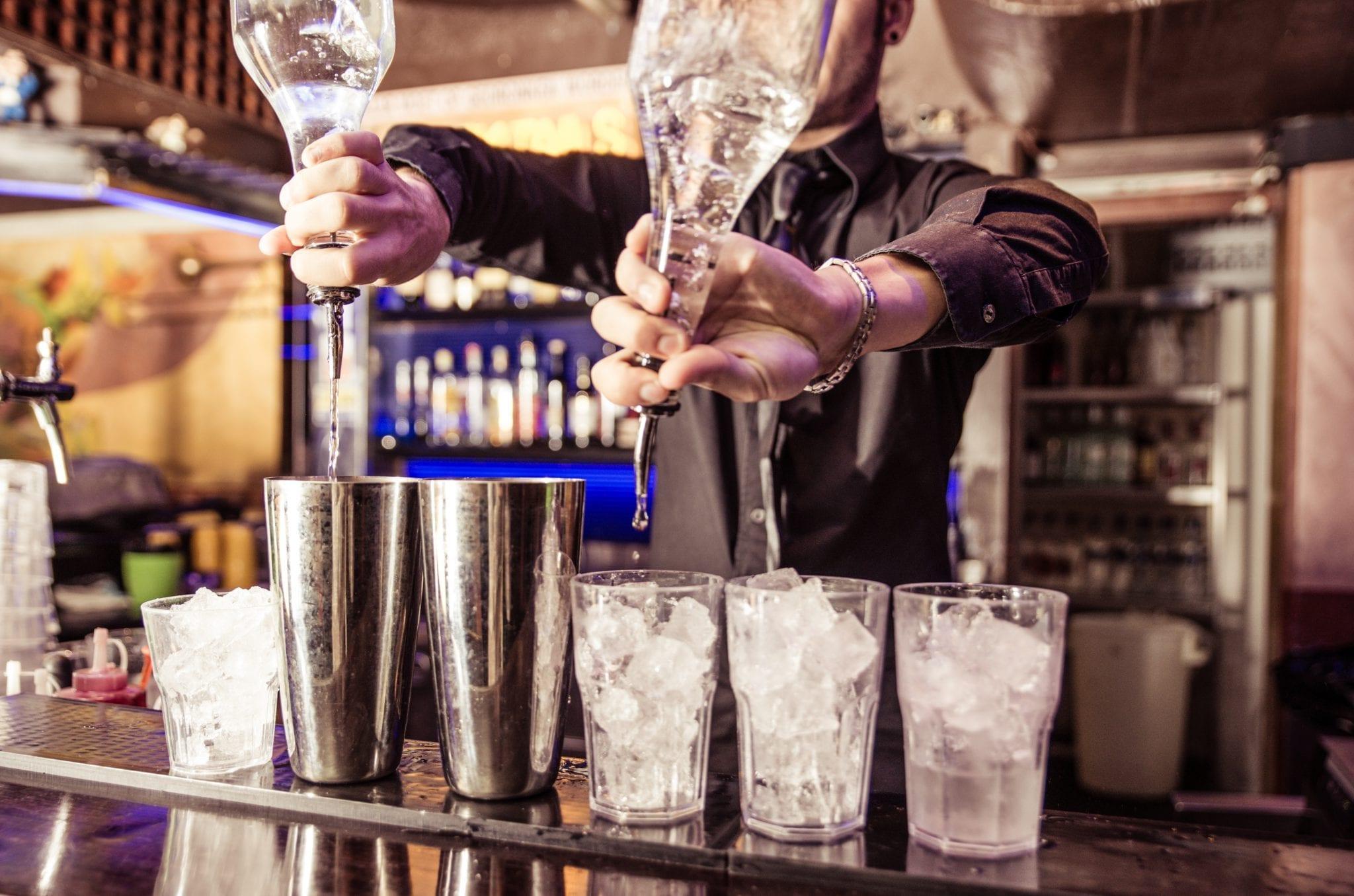Hyr en bartender